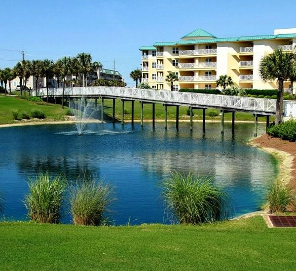 The grounds at Amalfi Coast Resort  in Destin Florida