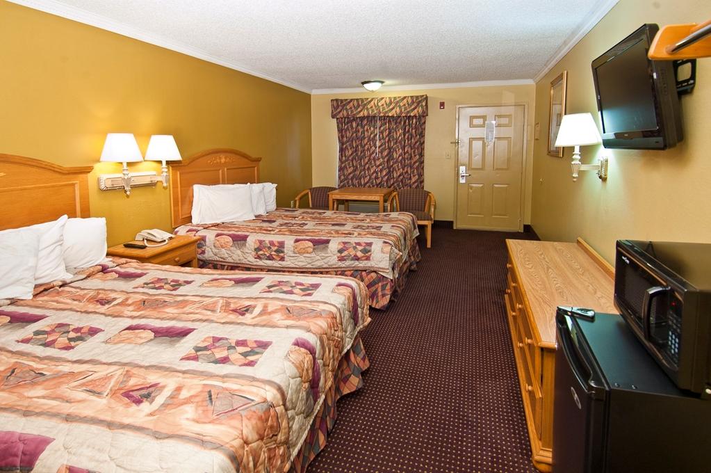 Americas Best Value Inn in Pensacola FL 21