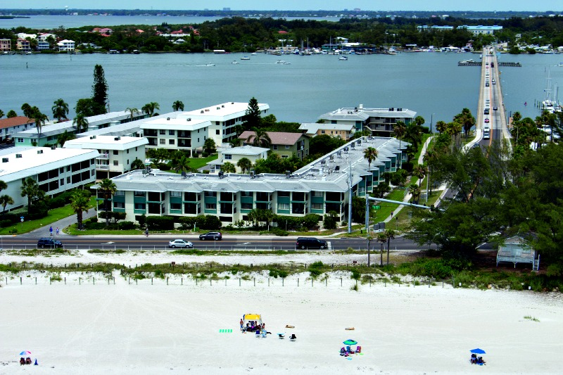 Beachfront Bridgeport Condominiums in Bradenton Beach FL