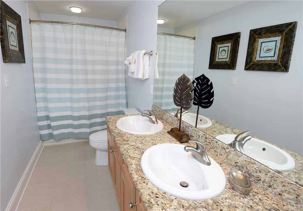 Aqua 1002 3 Bedrooms Wi-Fi Beachfront Sleeps 9 Condo rental in Aqua Resort in Panama City Beach Florida - #18