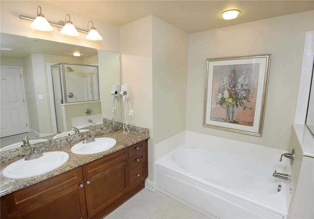 Aqua 1403 3 Bedrooms Beachfront Wi-Fi Sleeps 10 Condo rental in Aqua Resort in Panama City Beach Florida - #15