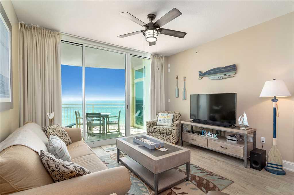 Aqua 607 FREE BEACH SERVICE! 2 Bedrooms Wi-Fi Beachfront Sleeps 7