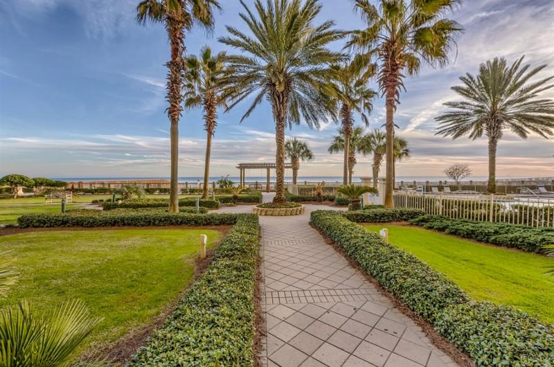Beach Club Courtyard Gulf Shores Beach Alabama