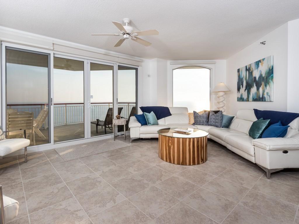 Beach Colony Resort East Penthouse 3C