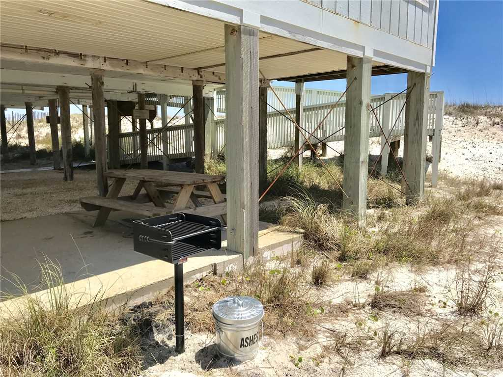 A Whale of a Time | Pet Friendly House / Cottage rental in Gulf Shores House Rentals in Gulf Shores Alabama - #21