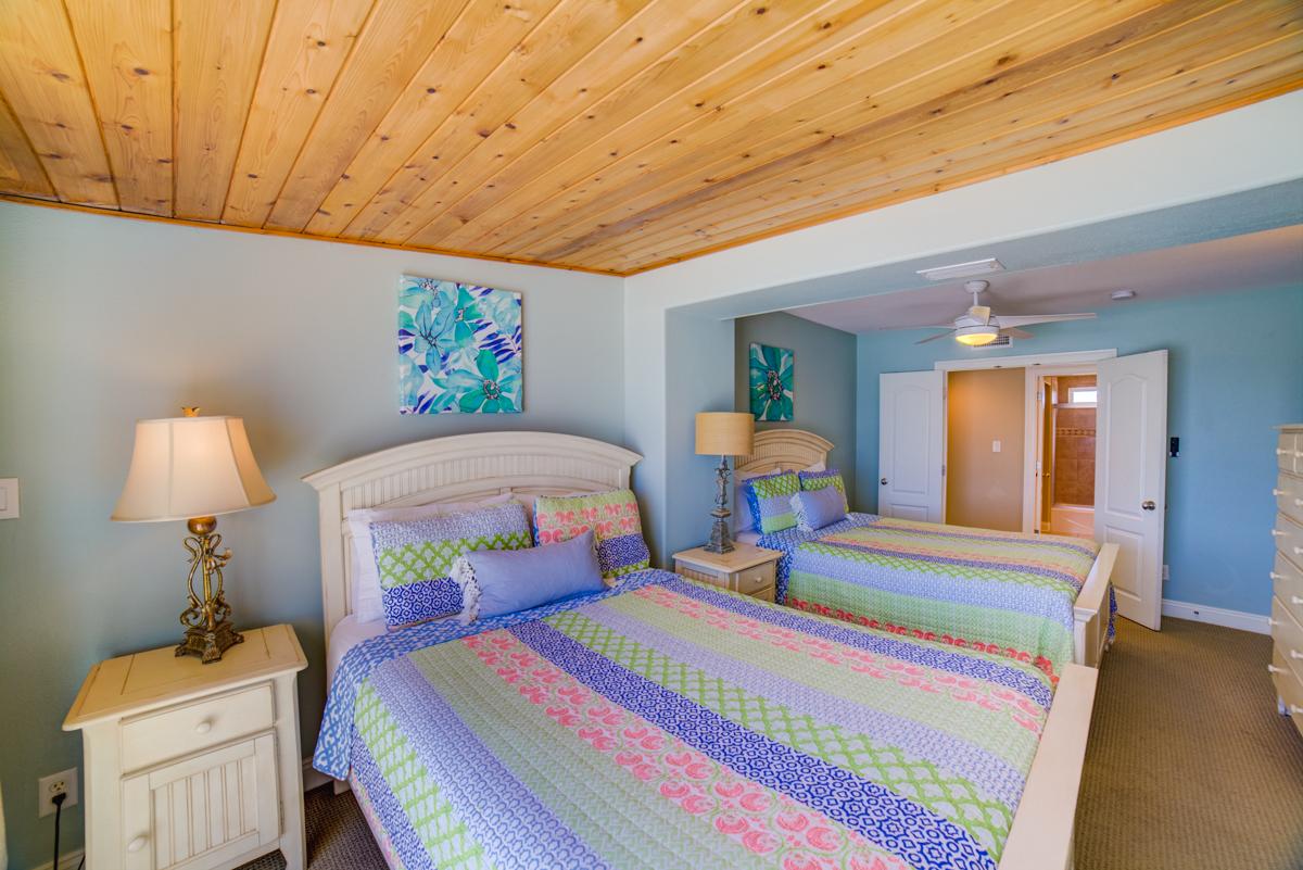 Ariola 100 House/Cottage rental in Pensacola Beach House Rentals in Pensacola Beach Florida - #47