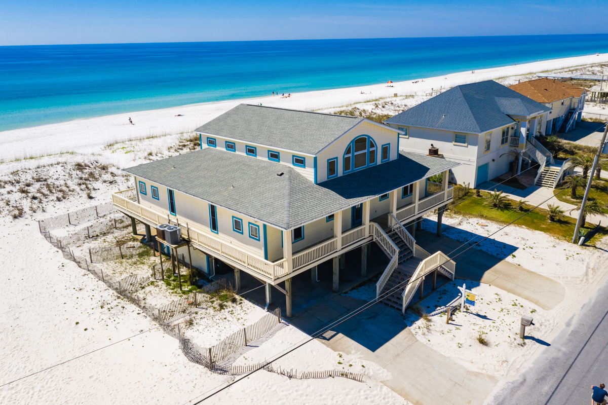 Ariola 1004 House / Cottage rental in Pensacola Beach House Rentals in Pensacola Beach Florida - #2