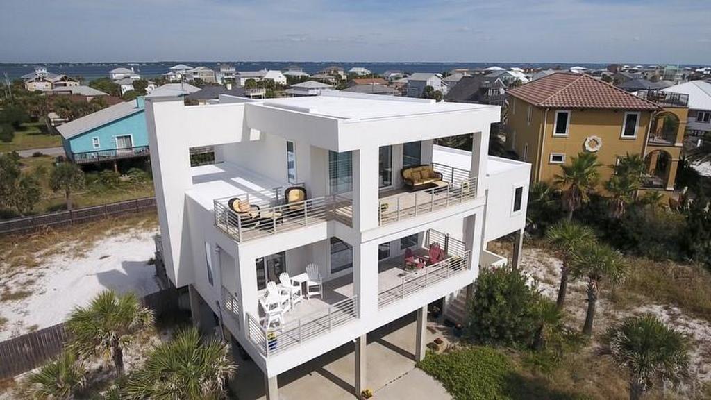 Ariola 1013 - Sunshine Beach House