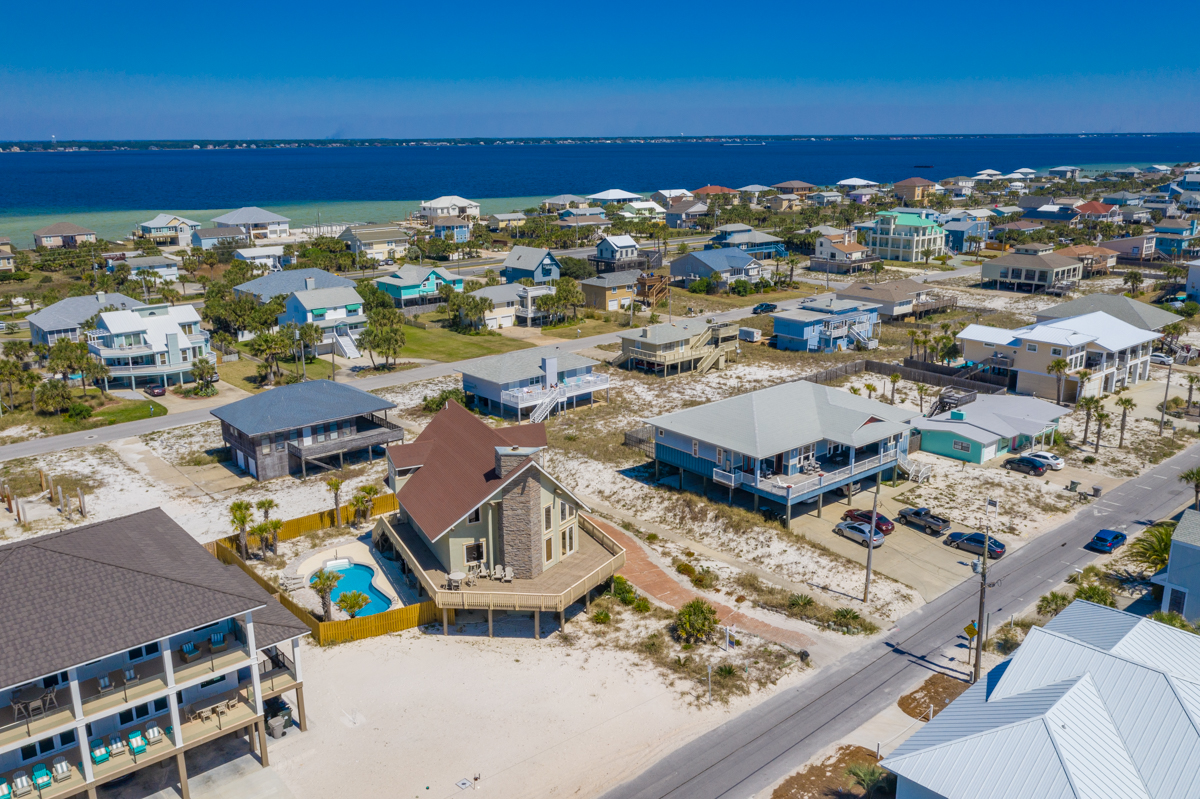 Ariola 1107 House / Cottage rental in Pensacola Beach House Rentals in Pensacola Beach Florida - #12