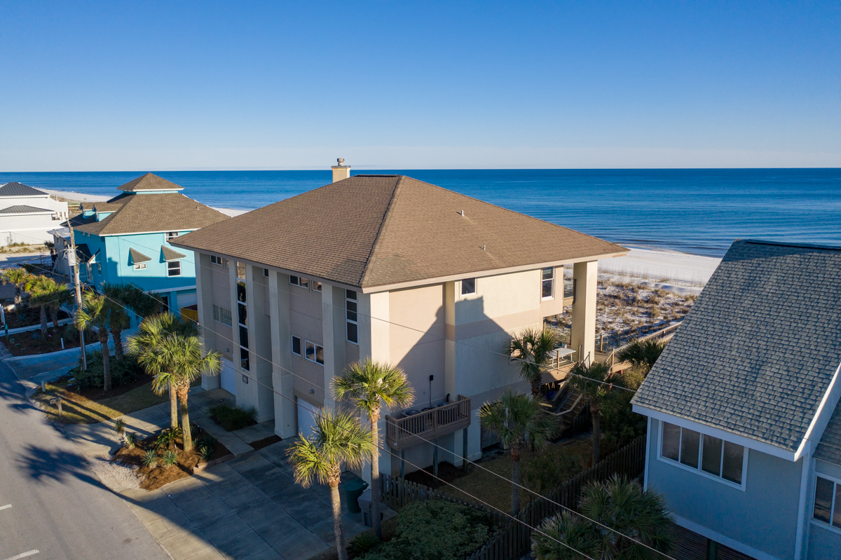 Ariola 1110 House / Cottage rental in Pensacola Beach House Rentals in Pensacola Beach Florida - #2