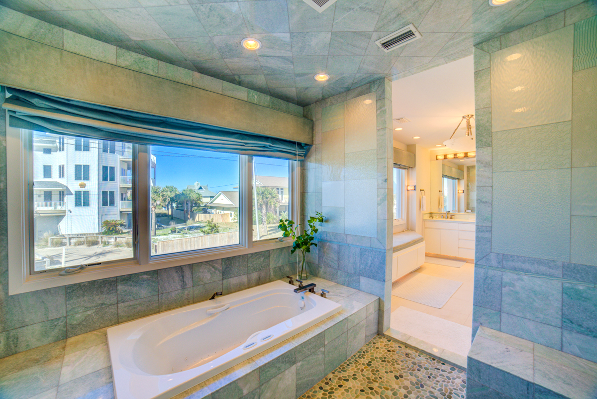 Ariola 1212 House/Cottage rental in Pensacola Beach House Rentals in Pensacola Beach Florida - #37