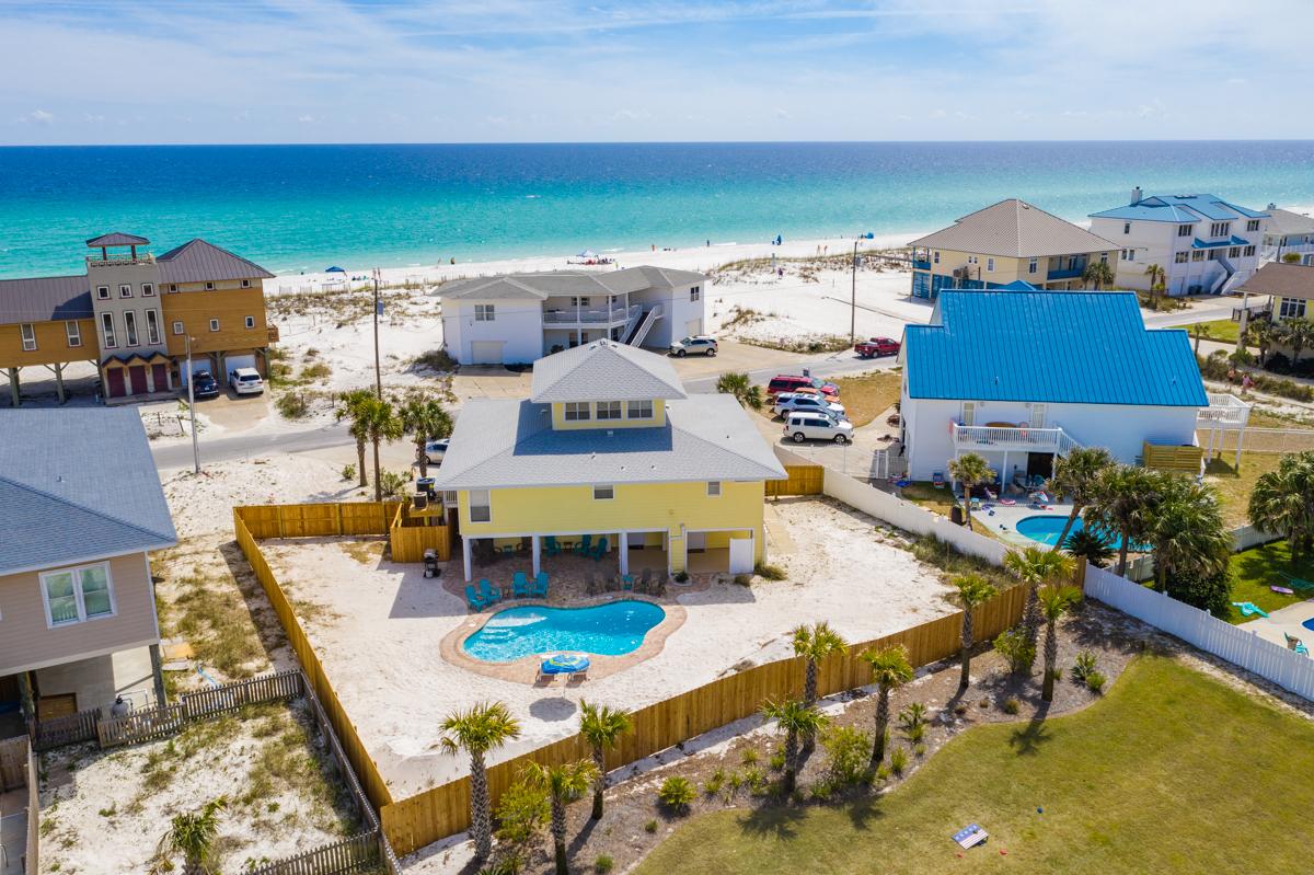 Ariola 1303 - Seashell Chateau House/Cottage rental in Pensacola Beach House Rentals in Pensacola Beach Florida - #1