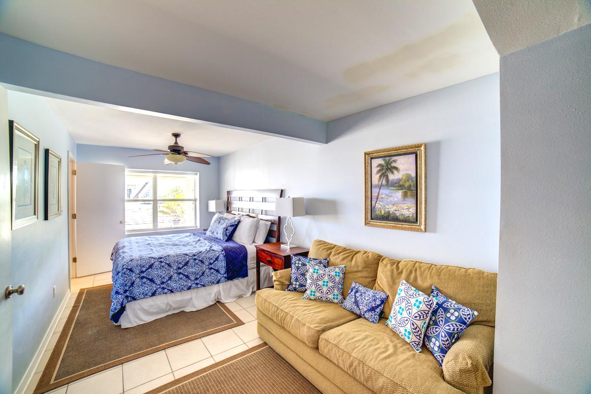 Ariola 1303 - Seashell Chateau House/Cottage rental in Pensacola Beach House Rentals in Pensacola Beach Florida - #38