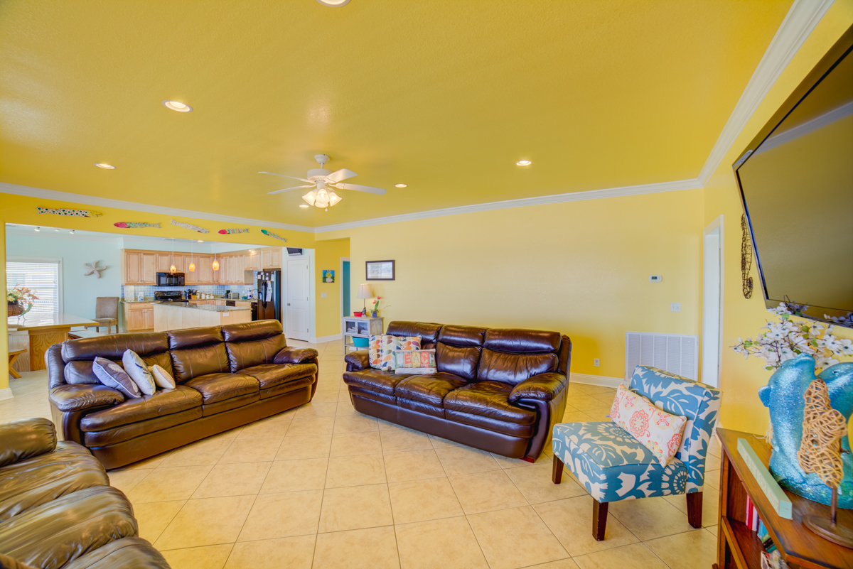 Ariola 1311 - The Dolphin House House / Cottage rental in Pensacola Beach House Rentals in Pensacola Beach Florida - #16