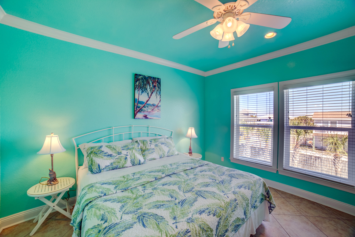 Ariola 1311 - The Dolphin House House / Cottage rental in Pensacola Beach House Rentals in Pensacola Beach Florida - #46