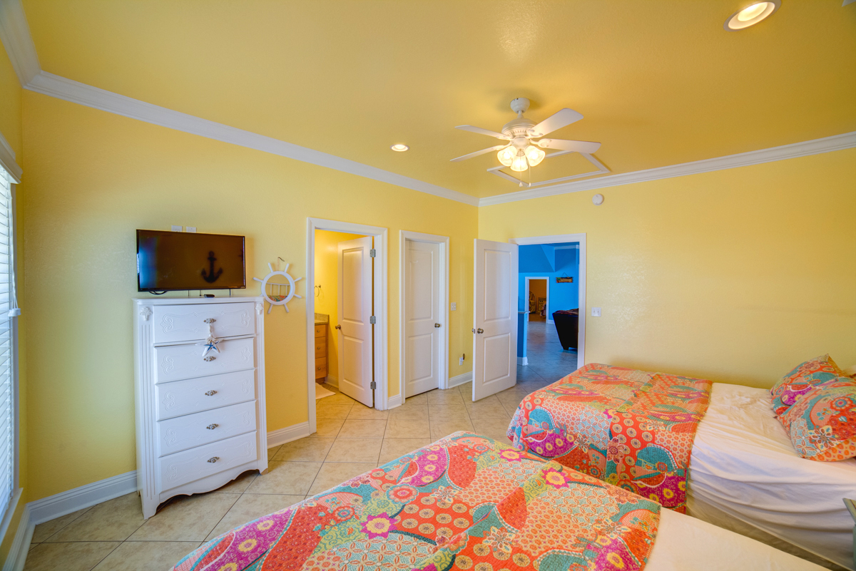 Ariola 1311 - The Dolphin House House / Cottage rental in Pensacola Beach House Rentals in Pensacola Beach Florida - #61