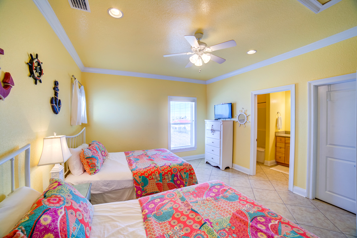 Ariola 1311 - The Dolphin House House / Cottage rental in Pensacola Beach House Rentals in Pensacola Beach Florida - #63