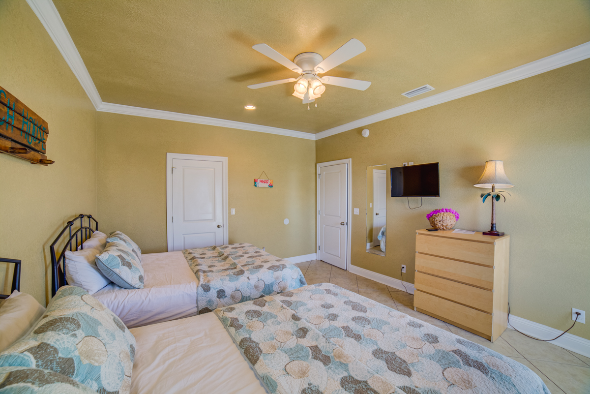 Ariola 1311 - The Dolphin House House / Cottage rental in Pensacola Beach House Rentals in Pensacola Beach Florida - #70