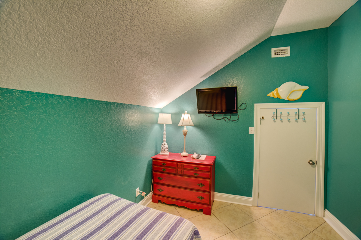 Ariola 1311 - The Dolphin House House / Cottage rental in Pensacola Beach House Rentals in Pensacola Beach Florida - #74