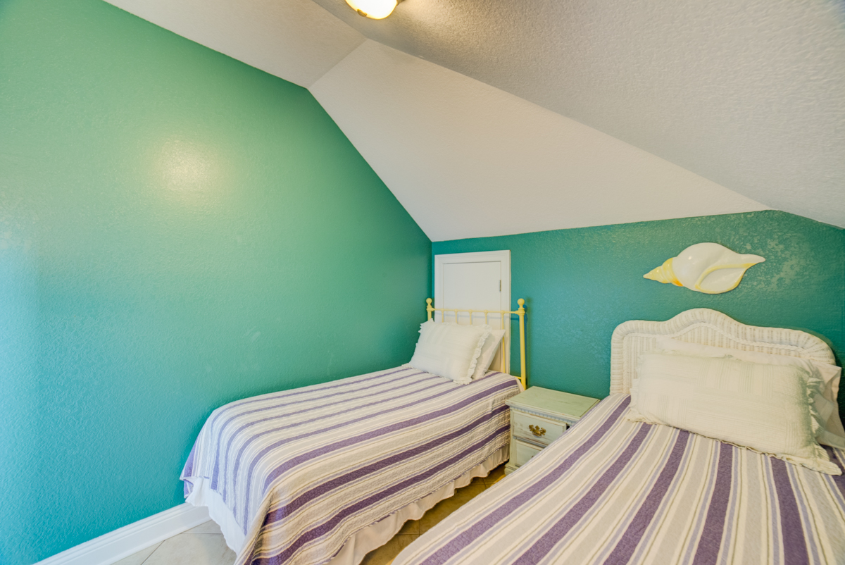 Ariola 1311 - The Dolphin House House / Cottage rental in Pensacola Beach House Rentals in Pensacola Beach Florida - #75