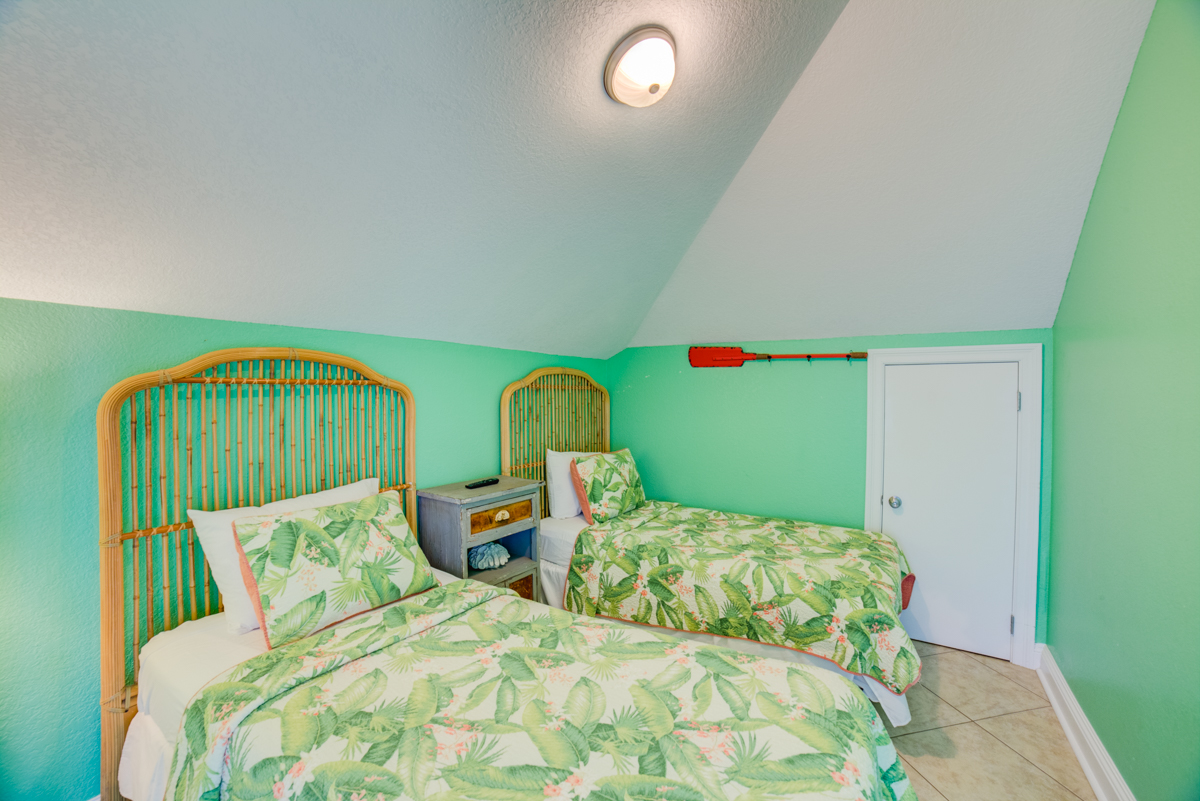 Ariola 1311 - The Dolphin House House / Cottage rental in Pensacola Beach House Rentals in Pensacola Beach Florida - #78