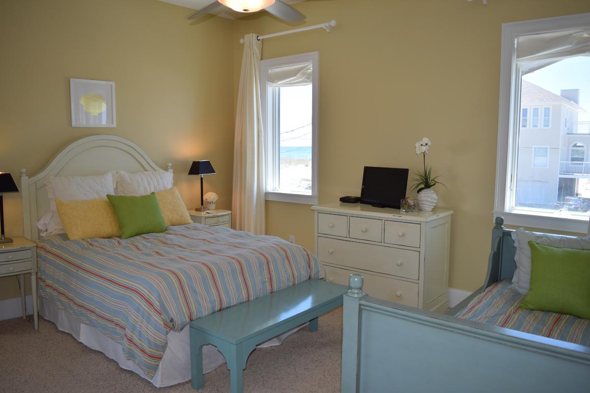Ariola 1313 House/Cottage rental in Pensacola Beach House Rentals in Pensacola Beach Florida - #12