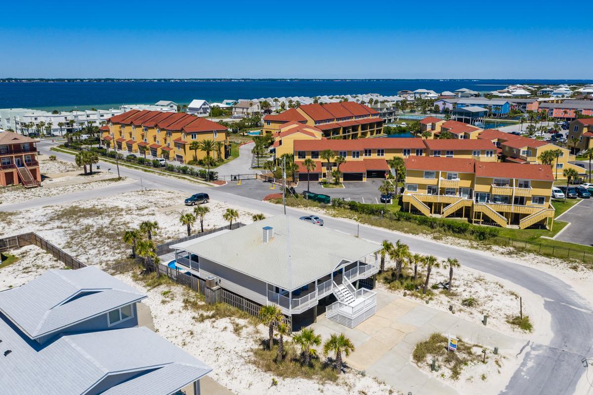 Ariola 1415 House/Cottage rental in Pensacola Beach House Rentals in Pensacola Beach Florida - #68