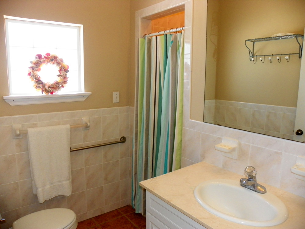 Ariola 300 House/Cottage rental in Pensacola Beach House Rentals in Pensacola Beach Florida - #14