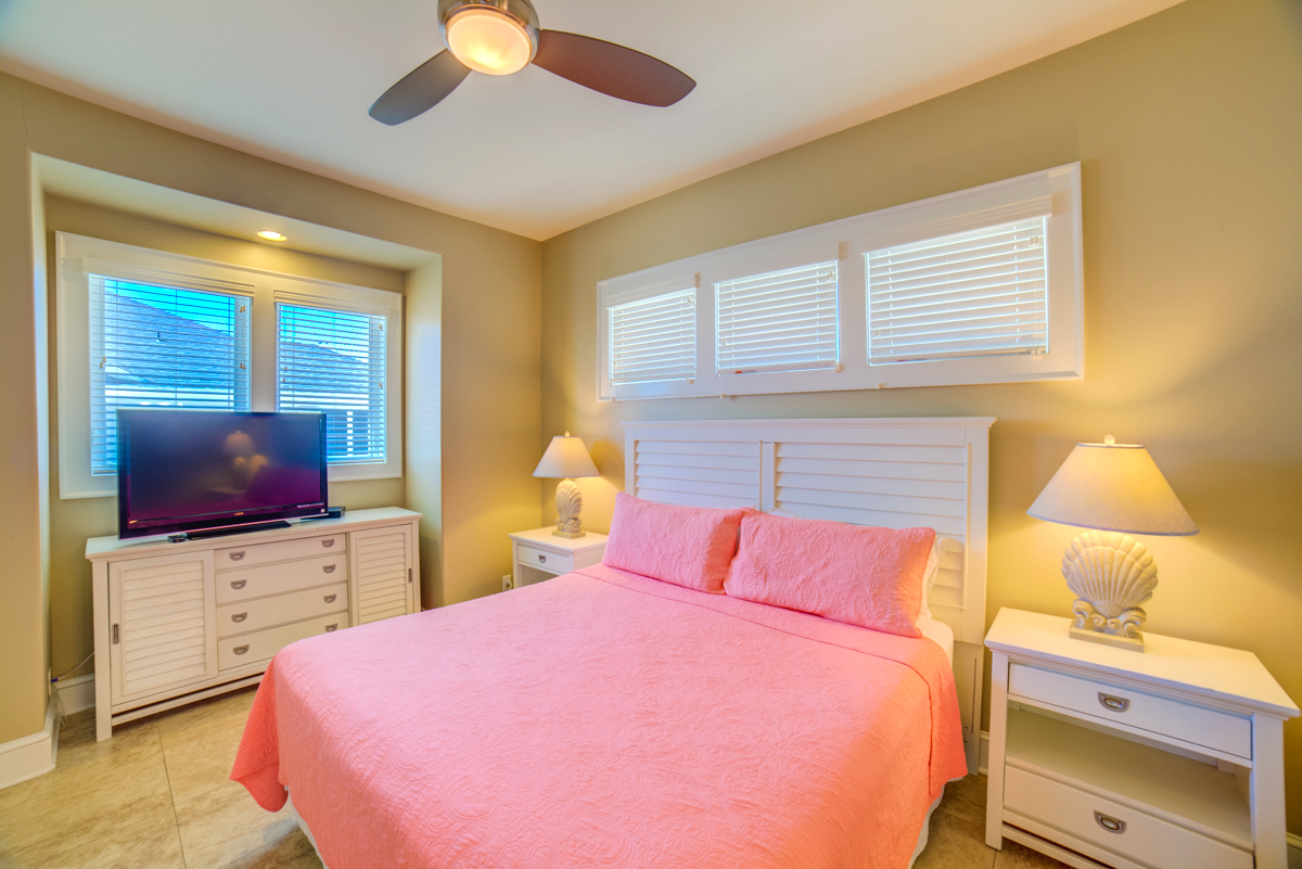 Avenida 13 - 303 House/Cottage rental in Pensacola Beach House Rentals in Pensacola Beach Florida - #24