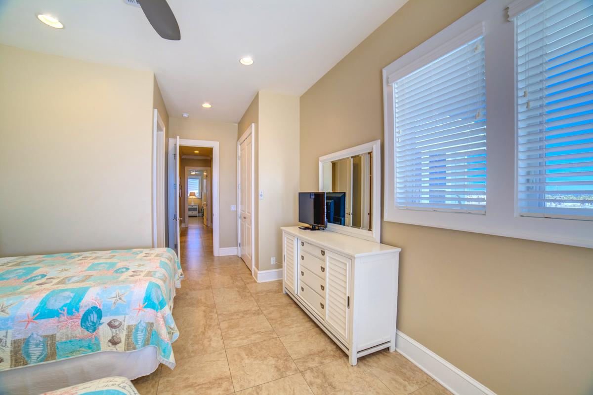 Avenida 13 - 303 House/Cottage rental in Pensacola Beach House Rentals in Pensacola Beach Florida - #44