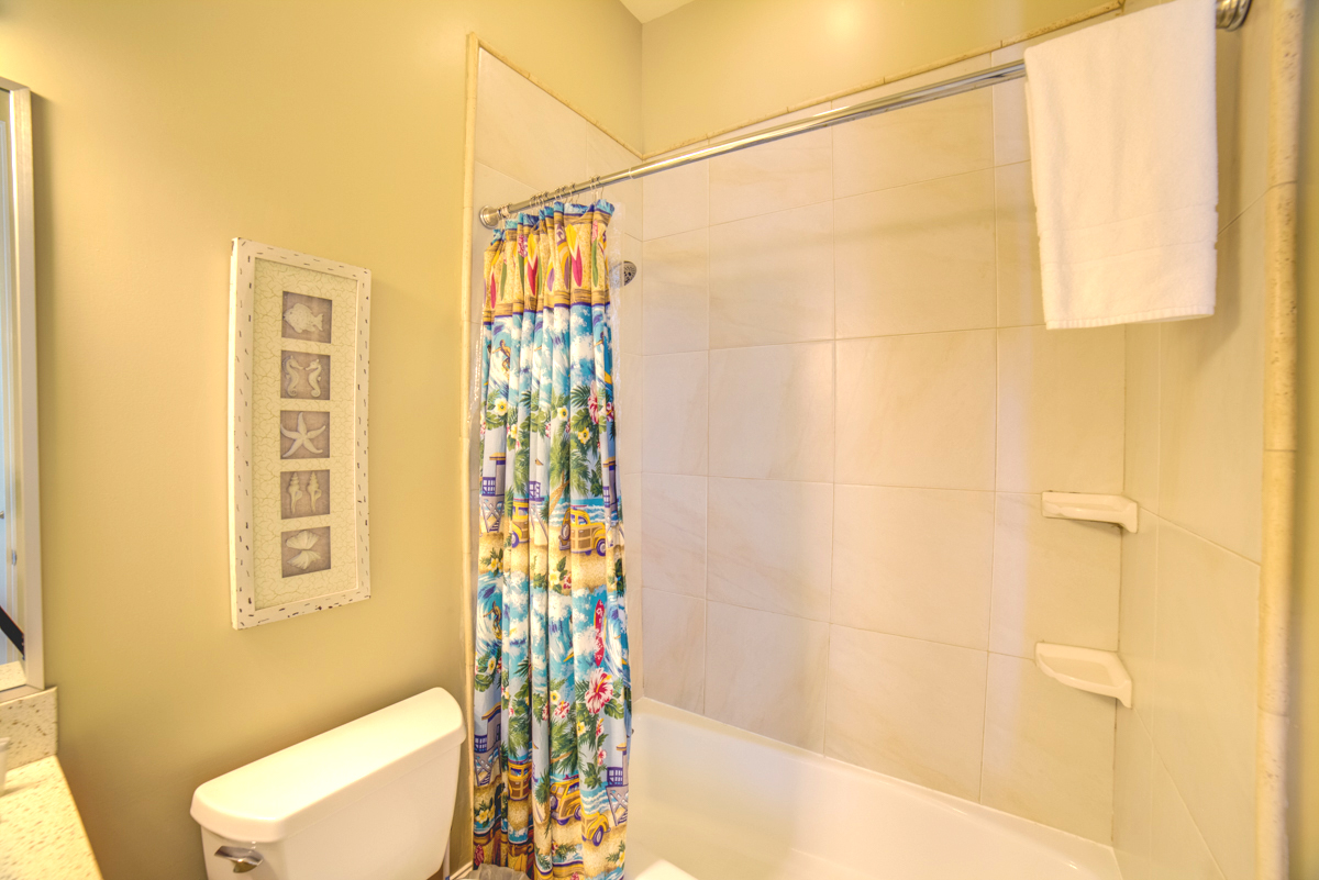 Avenida 13 - 303 House/Cottage rental in Pensacola Beach House Rentals in Pensacola Beach Florida - #46