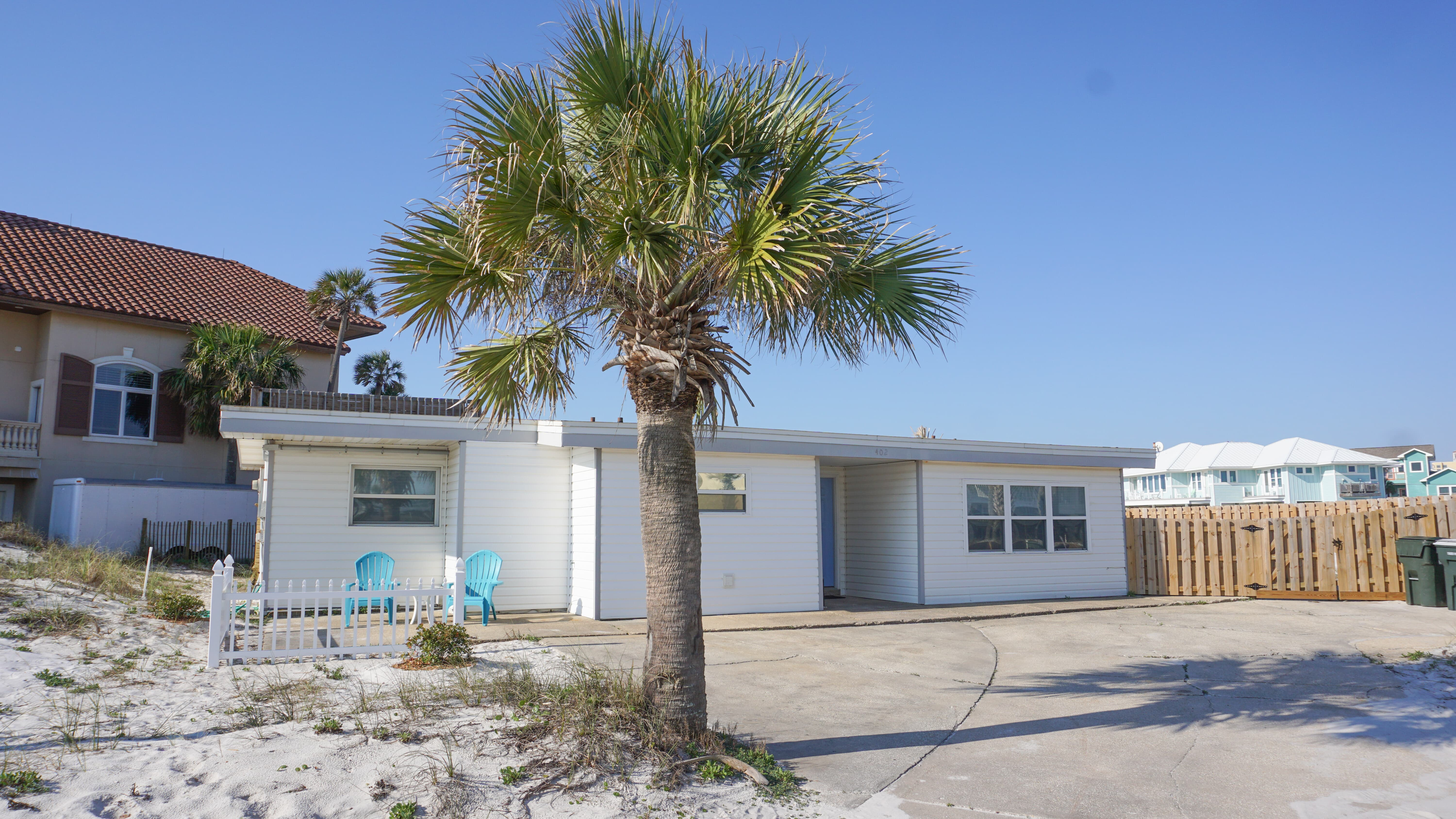 Avenida 14 - 402 House / Cottage rental in Pensacola Beach House Rentals in Pensacola Beach Florida - #2