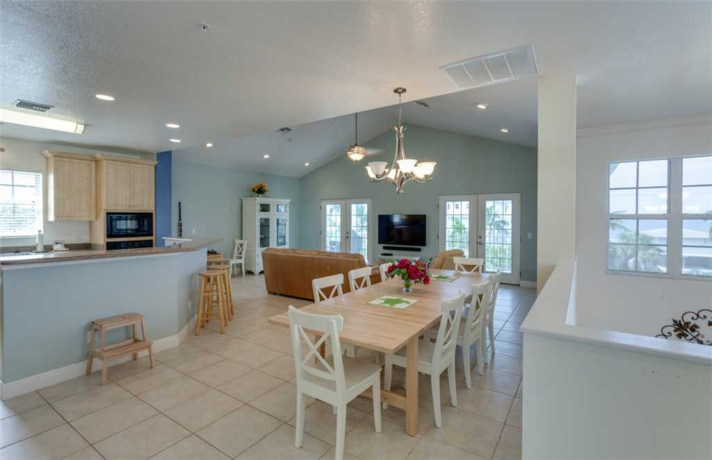 Bonita Beauty 4 Bedrooms Gulf & Bay Views Elevator Sleeps 10 House / Cottage rental in Bonita Springs Beach House Rentals in Bonita Springs Florida - #5