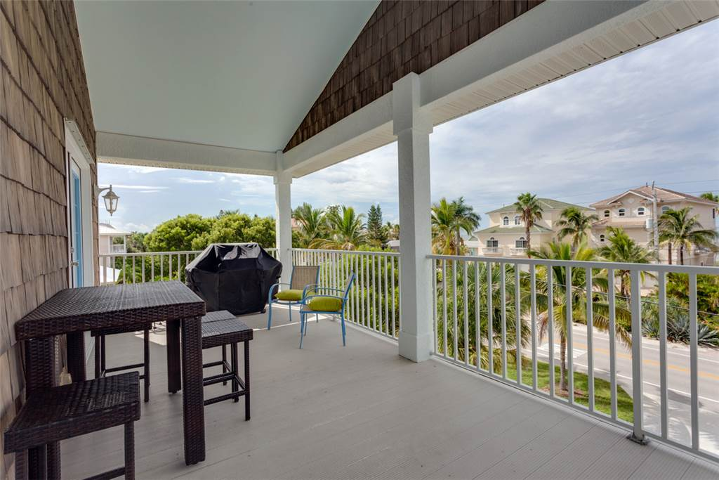 Bonita Beauty 4 Bedrooms Gulf & Bay Views Elevator Sleeps 10 House / Cottage rental in Bonita Springs Beach House Rentals in Bonita Springs Florida - #23