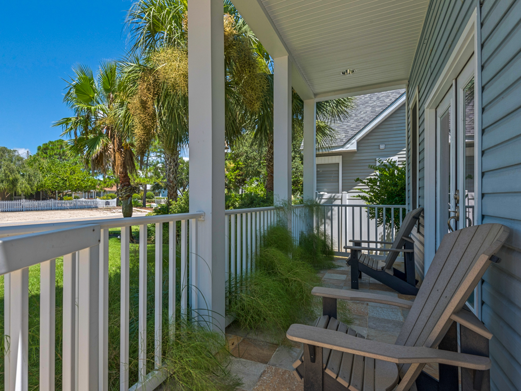 Captain Morgan's - Crystal Beach Subdivision House / Cottage rental in Destin Beach House Rentals in Destin Florida - #2