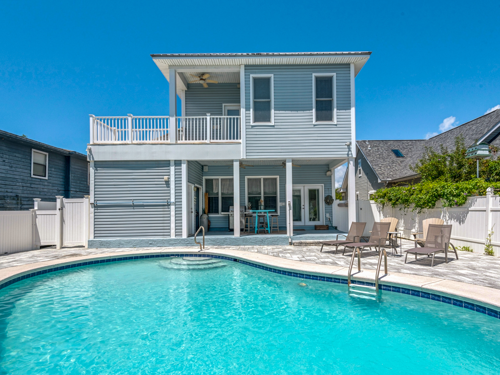 Captain Morgan's - Crystal Beach Subdivision House / Cottage rental in Destin Beach House Rentals in Destin Florida - #32