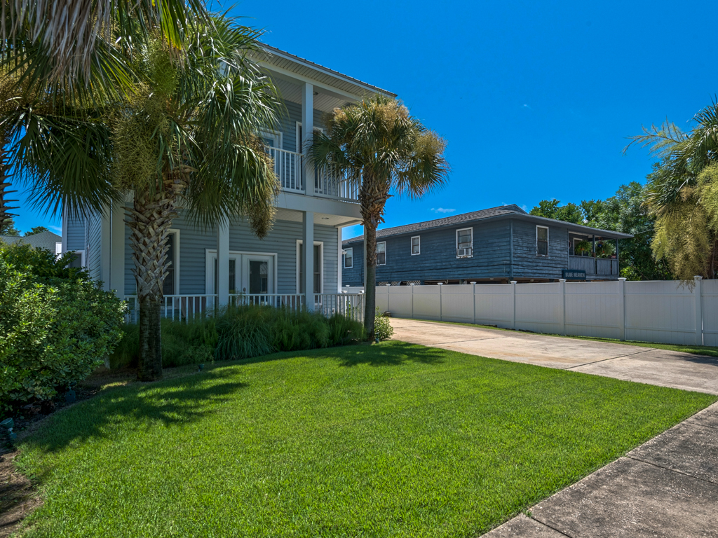 Captain Morgan's - Crystal Beach Subdivision House / Cottage rental in Destin Beach House Rentals in Destin Florida - #35