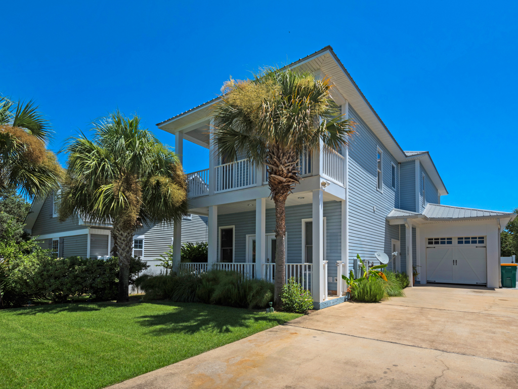 Captain Morgan's - Crystal Beach Subdivision House / Cottage rental in Destin Beach House Rentals in Destin Florida - #36