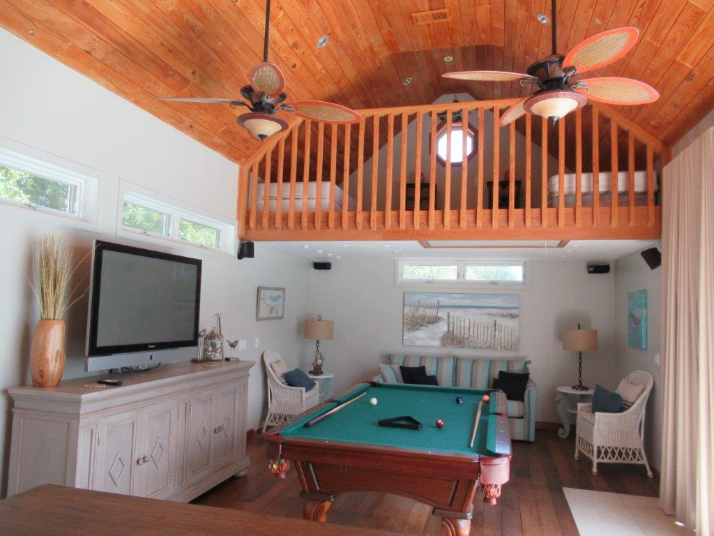 Captain Morgan's - Crystal Beach Subdivision House / Cottage rental in Destin Beach House Rentals in Destin Florida - #40