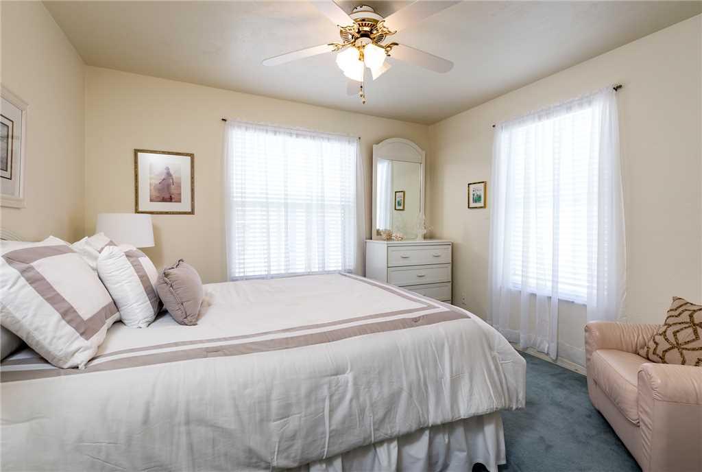 Dreamscape Upper Unit 4 Bedrooms Screened in Pool Sleeps 9 House/Cottage rental in Bonita Springs Beach House Rentals in Bonita Springs Florida - #13
