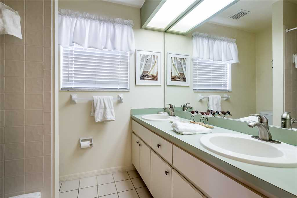 Dreamscape Upper Unit 4 Bedrooms Screened in Pool Sleeps 9 House/Cottage rental in Bonita Springs Beach House Rentals in Bonita Springs Florida - #14
