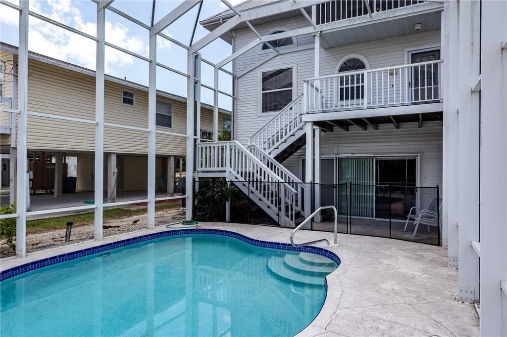 Dreamscape Upper Unit 4 Bedrooms Screened in Pool Sleeps 9 House/Cottage rental in Bonita Springs Beach House Rentals in Bonita Springs Florida - #23