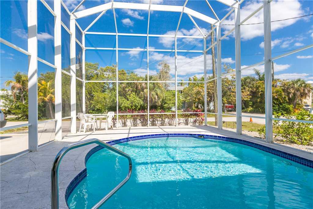 Dreamscape Upper Unit 4 Bedrooms Screened in Pool Sleeps 9 House/Cottage rental in Bonita Springs Beach House Rentals in Bonita Springs Florida - #24
