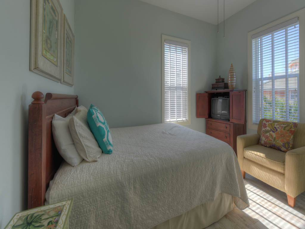 Happy Days at Destin Pointe House/Cottage rental in Destin Beach House Rentals in Destin Florida - #14