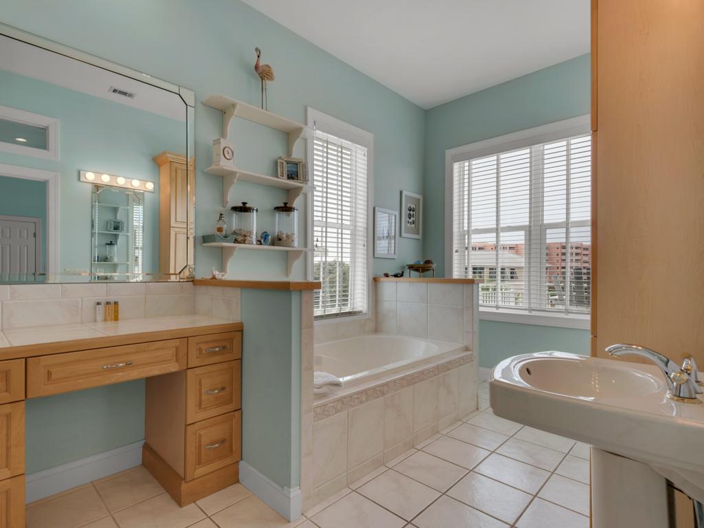 Happy Days at Destin Pointe House/Cottage rental in Destin Beach House Rentals in Destin Florida - #29