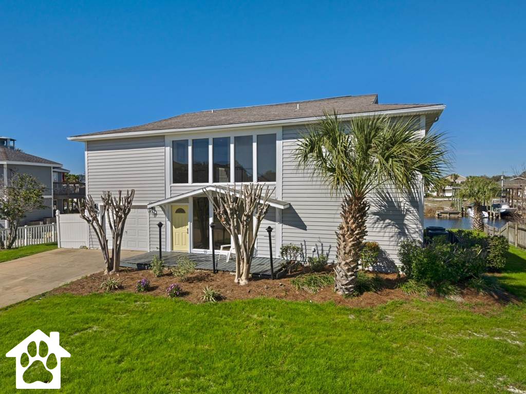 Holiday House House/Cottage rental in Destin Beach House Rentals in Destin Florida - #1