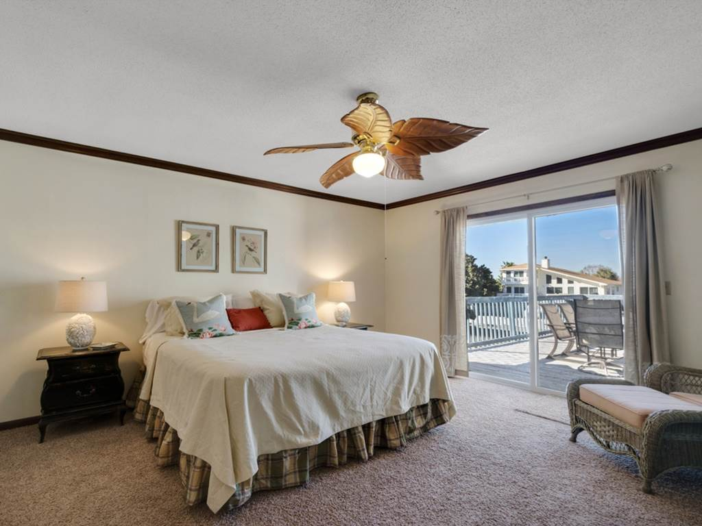 Holiday House House/Cottage rental in Destin Beach House Rentals in Destin Florida - #10