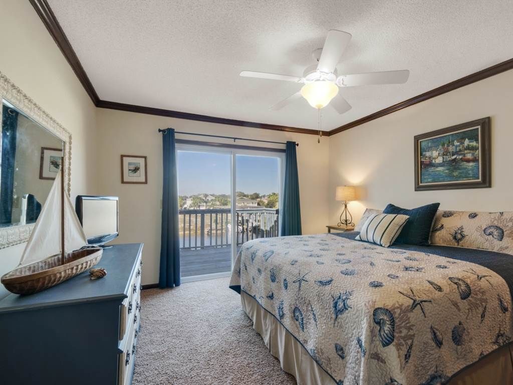 Holiday House House/Cottage rental in Destin Beach House Rentals in Destin Florida - #13