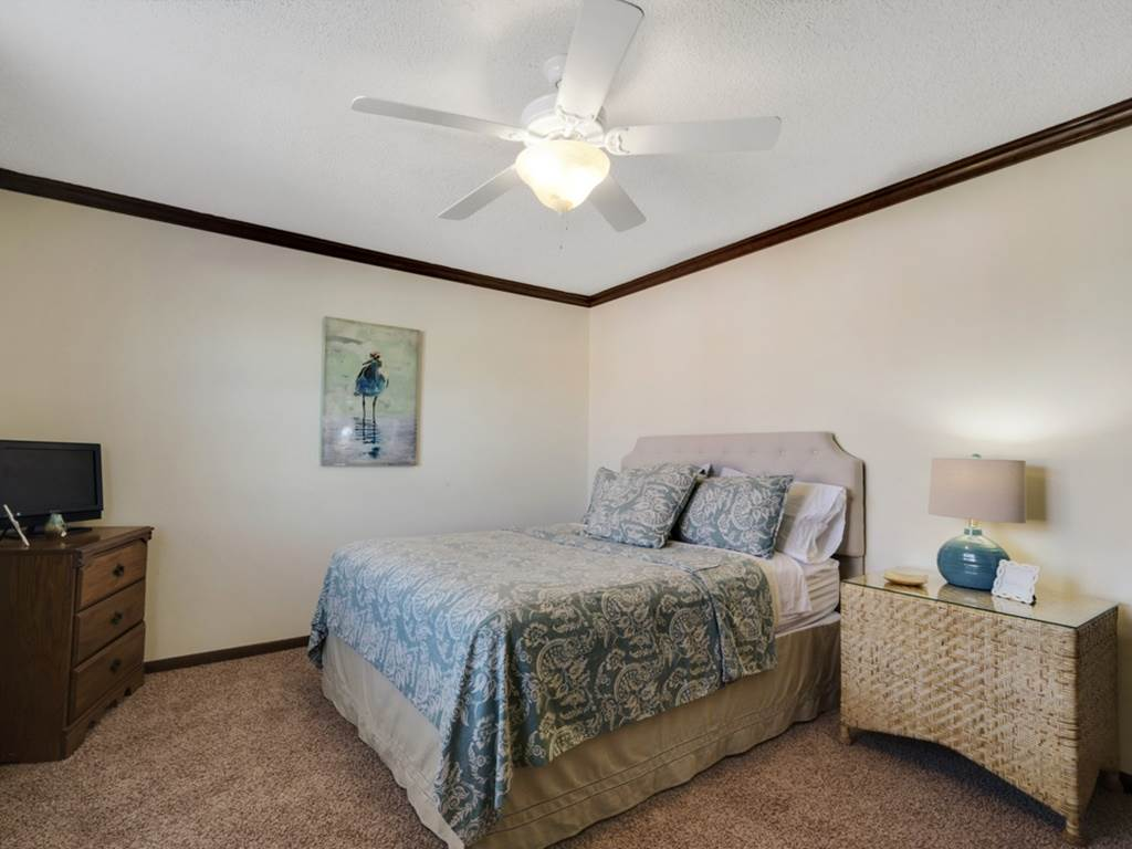 Holiday House House/Cottage rental in Destin Beach House Rentals in Destin Florida - #15