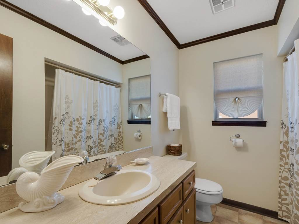 Holiday House House/Cottage rental in Destin Beach House Rentals in Destin Florida - #17